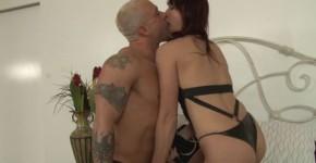 Strap aggressive man takes in the ass Nicki Hunter, malenamasta
