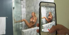 Big Boobs Stepmom Alexis Fawx Fucking in the Bathroom RealityKings, Feliciaporn