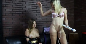 Cameryn Coxxx & Cory Chase - Batgurl hypno'ed and turned, spiringcoma