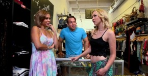 Cali Sparks Sex Sparks Girls are exposed in the store, Fimevina