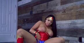 Wonder Woman Romi Rain A XXX Parody Cosplay, Widedfind