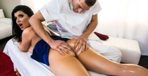 Romi Rain Great Teaches Massage In Wandering Hands , Brazzers