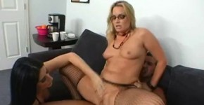 Flower Tucci and Luscious Lopez Office Girls put their wet pussies, malhvabit