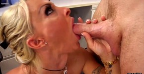 Holly Halston Sexual Nude Body is excited in the office, MavesaNesa