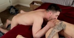 Quentin Gainz Derrick Dime guy caresses his tongue with his cock, Okulusrift
