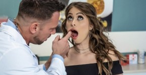 Riley Reid's Throat Treatment With Help Cock, Brazzers