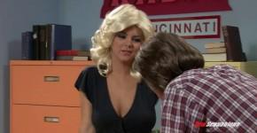 Hot Girls Suck Dick Kagney Linn Karter Wkrp In Cincinnati Bloopers, Xidhieaha33