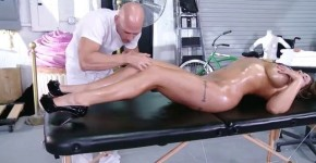 Eva Notty Huge Tits on the Receptionist Hot Dirty Masseur, Feliciaporn