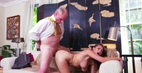 Blue Pill Men Ivy Impresses With Her Huge Tits And Butt, Gasmyass
