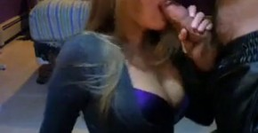 Sexy cleavage girl shows her sucking skills, missLeto