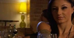 Sofia Gucci 2, mrmirando