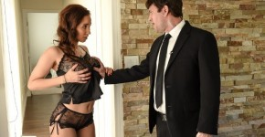 Brazzers - Isis Love Going To Seduce Her Bodyguard, Brazzers