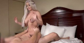 Boy Fucking A Girl Kylie Page Kylie Page Is A Bad Girl Who Loves To Suck Cock In Public, ishico